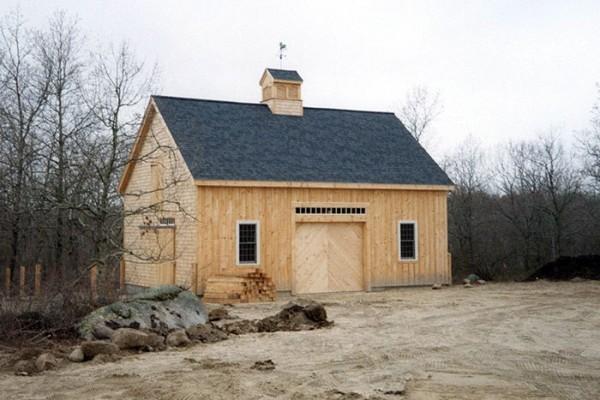 Horse barns sevigny custom barns post and beam for 24x36 pole barn